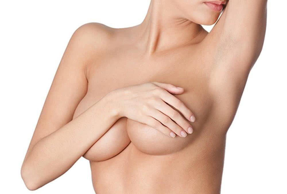El aumento de mamas, la intervención de cirugía estética con mayor grado de satisfacción